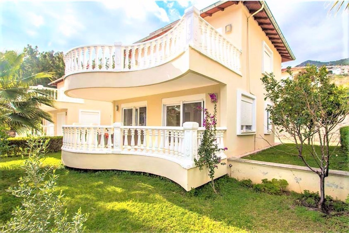 Villa, 74000€